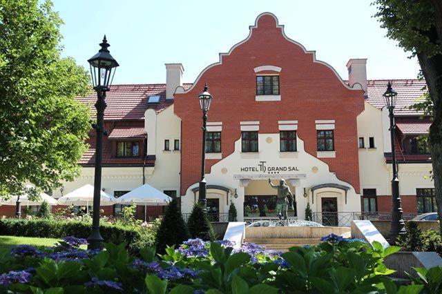 Front hotelu Grand Sal w Wieliczce